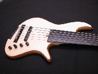 'Serie YC' - 'YC Fretless Semi-Acoustique' - '1'